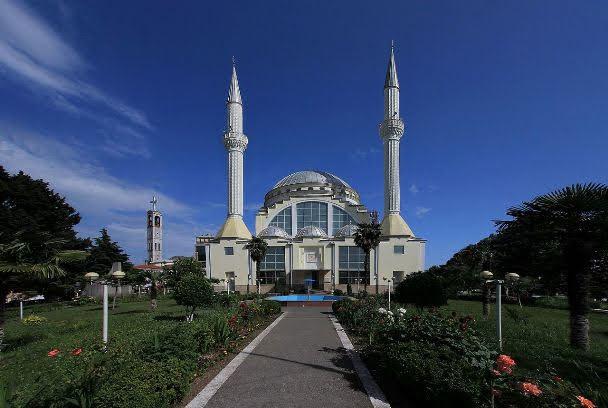 Ebu Bekr Mosque