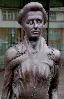 Skulptur Rosa Luxemburg.