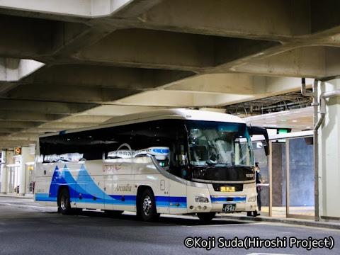 山交バス「特急山形新潟線」 1502(アルカディア号」専用車) 万代シティバスセンターにて