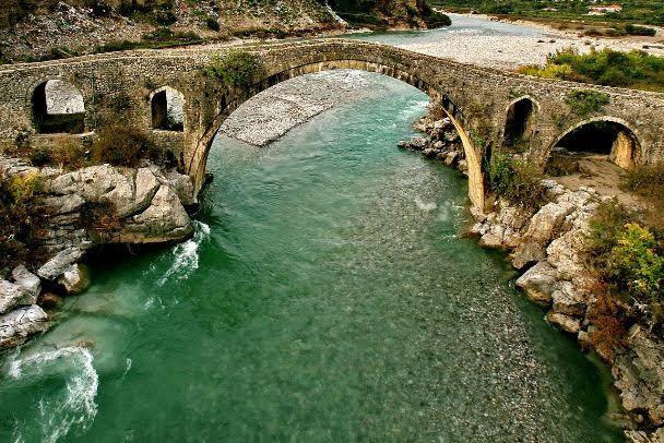 Mes Bridge