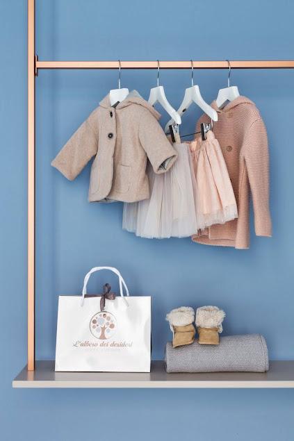 phương án trang trí shop quần áo