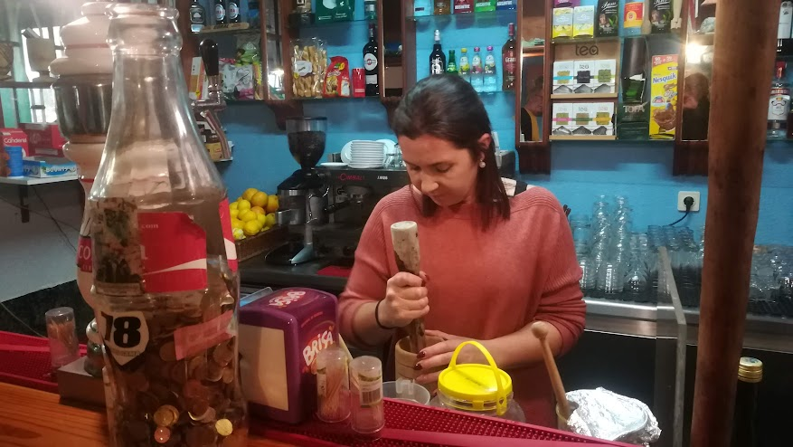 Nélia at Bar Formiga makes the best poncha in the area. The state of emergency has been lifted, but she can't open the bar yet.