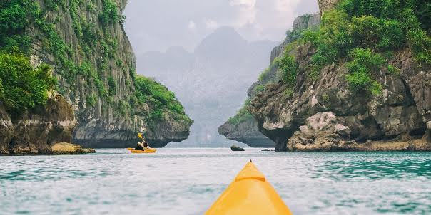 Kayaking, Halong Bay