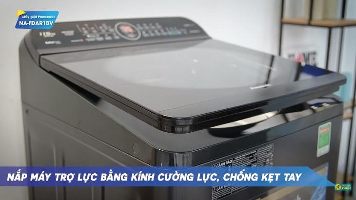 nắp máy giặt được làm bằng kính cường lực