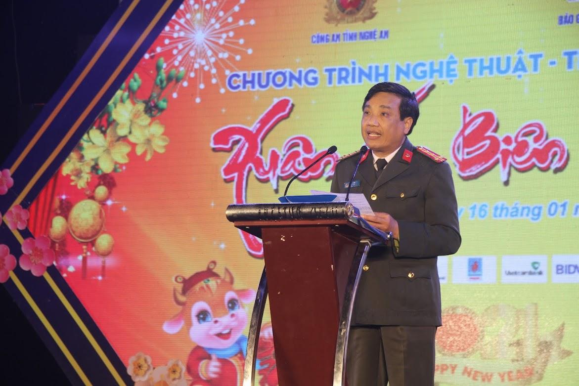 Đồng chí Đại tá Hồ Văn Tứ – Phó Bí thư Đảng ủy, Phó Giám đốc Công an tỉnh phát biểu tại chương trình