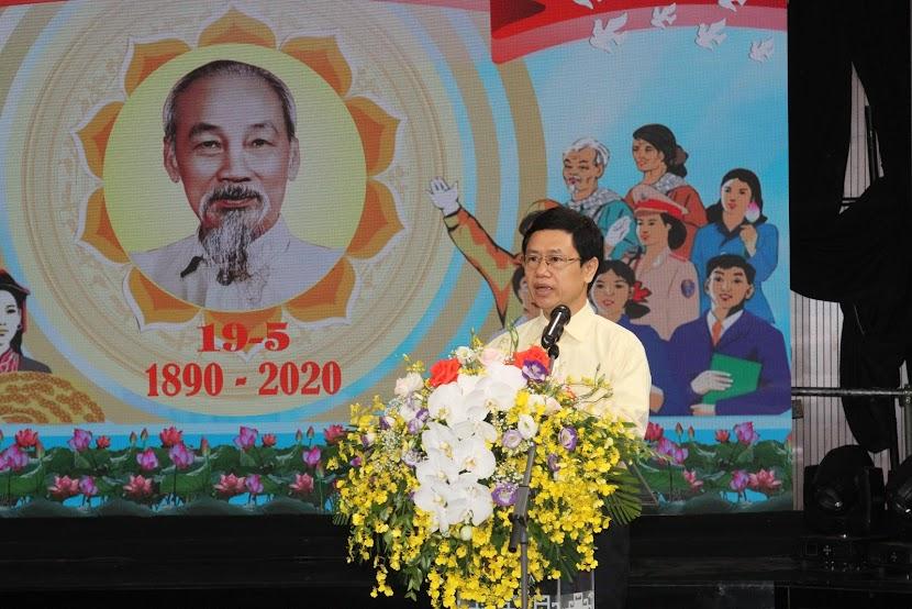 Đồng chí Nguyễn Xuân Sơn - Phó Bí thư Thường trực Tỉnh ủy, Chủ tịch HĐND tỉnh phát biểu chỉ đạo và tổng kết Hội nghị
