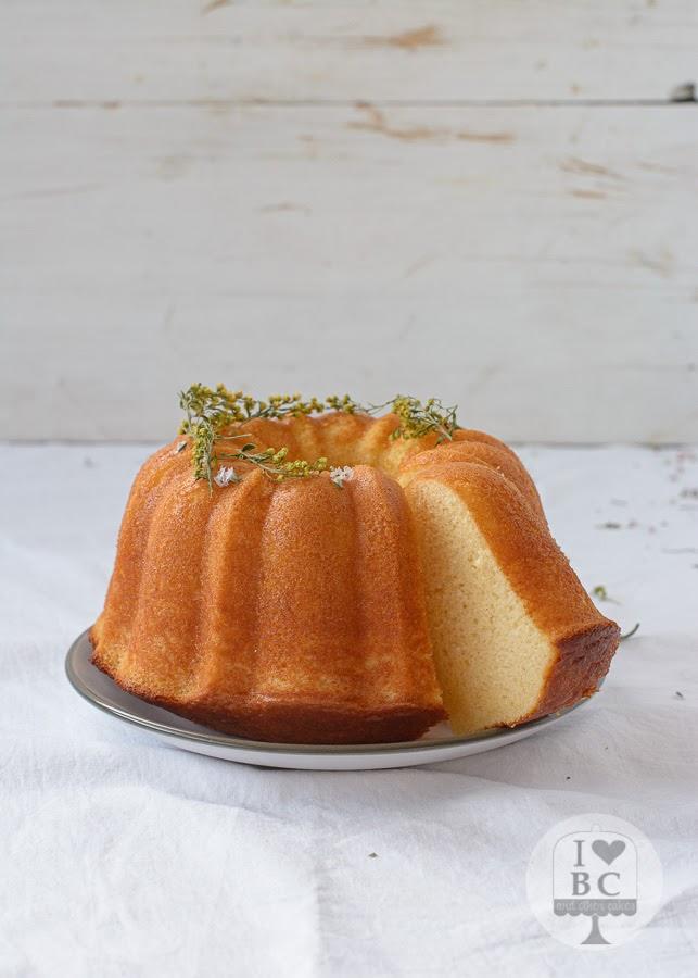 Bundt Cake de naranja y anís