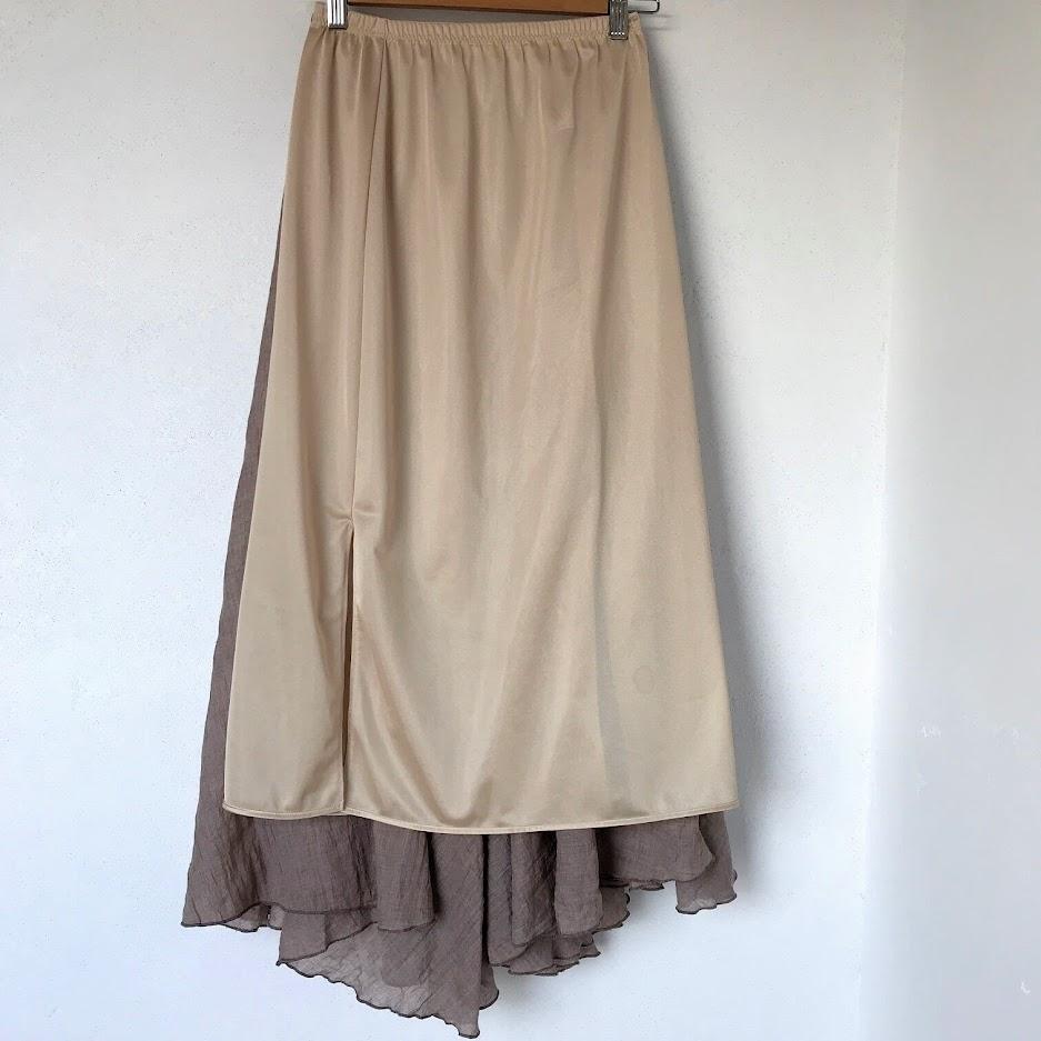 スカートとペチコート