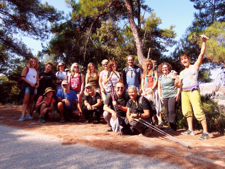 All OPSIkarias volunteers in the Trail of Chalares