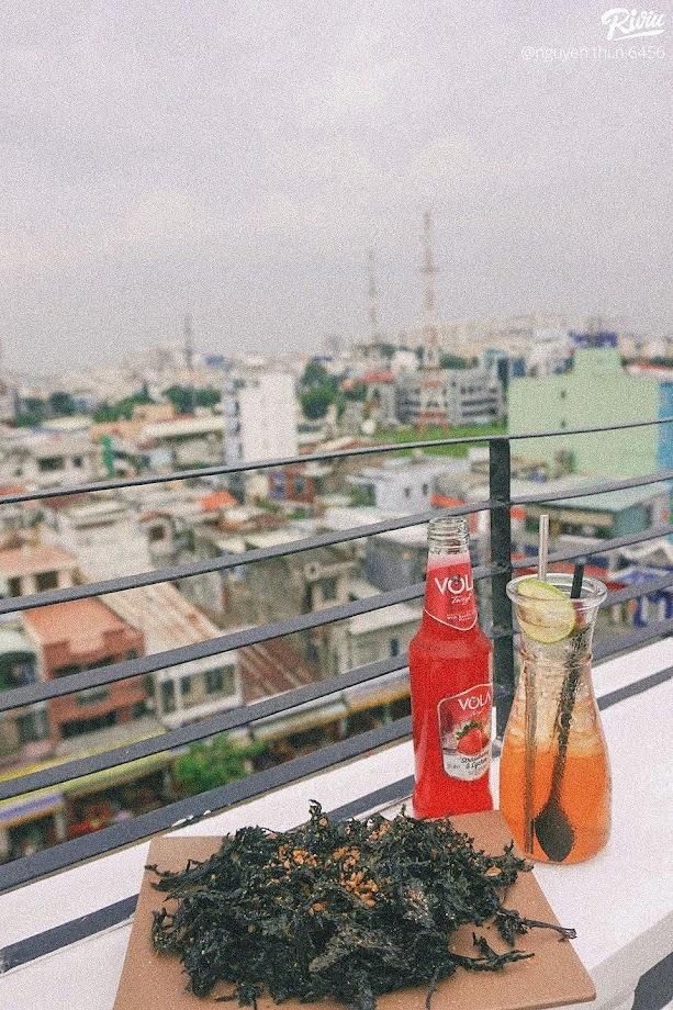 Chiều Rooftop ở Cộng Hòa quận Tân Bình.