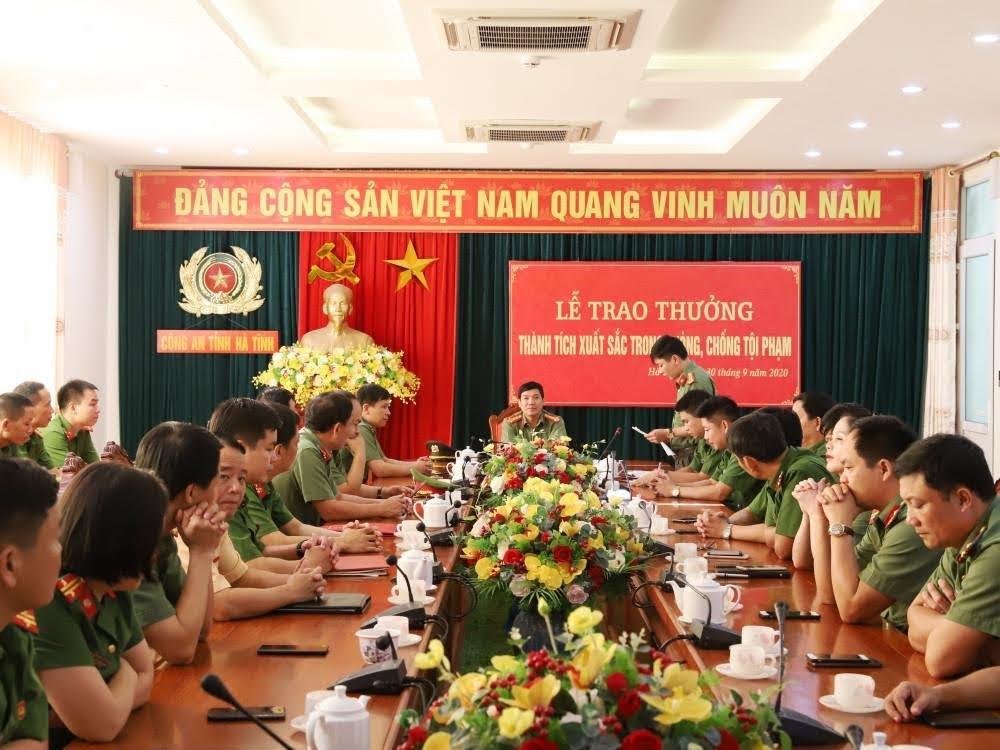 Các đại biểu tham dự buổi lễ trao thưởng