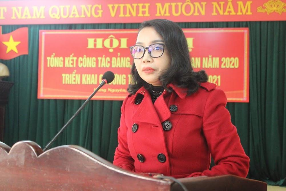 Đồng chí Nguyễn Thị Thơm, Bí thư Huyện ủy đánh giá cao những kết quả Công an huyện Hưng Nguyên đạt được trong năm 2020