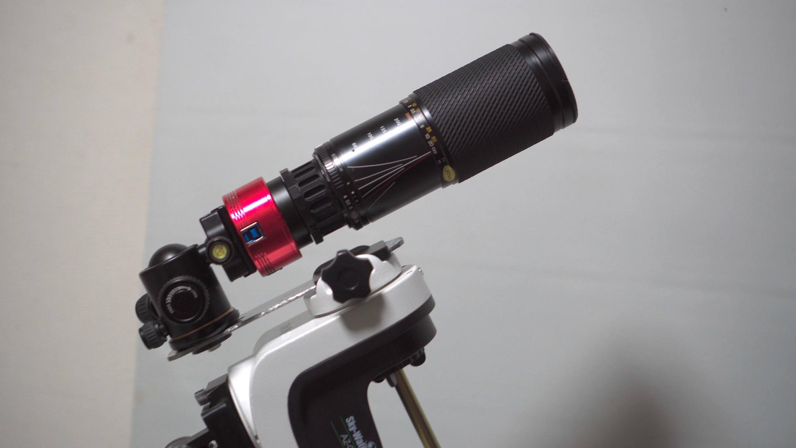 格安のオールドレンズTOKINA SZ-X 60-300mm F4-5.6で月を撮影