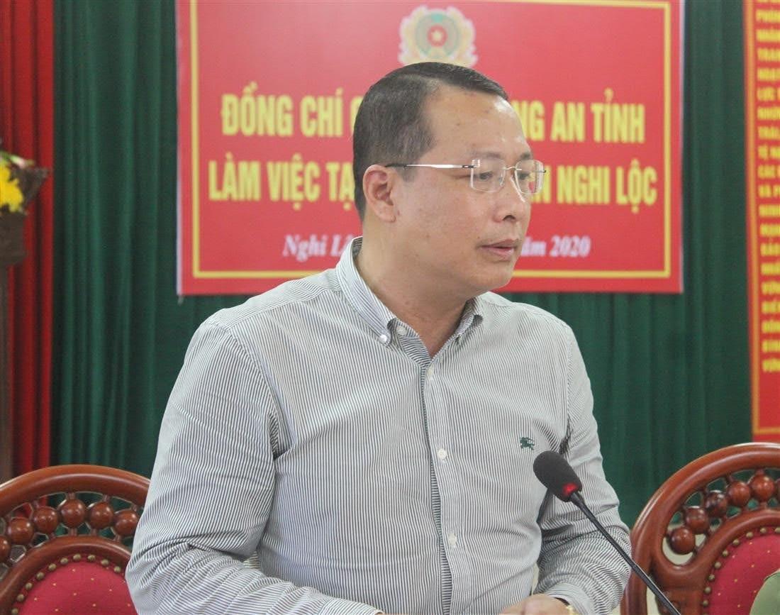 Đồng chí Phạm Hồng Quang, Bí thư Huyện ủy Nghi Lộc đánh giá cao những kết quả mà Công an huyện Nghi Lộc đạt được trong thời gian qua