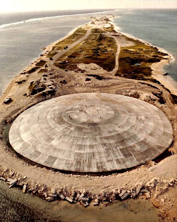 Runit Dome, a grande lata de lixo nuclear do Pacífico