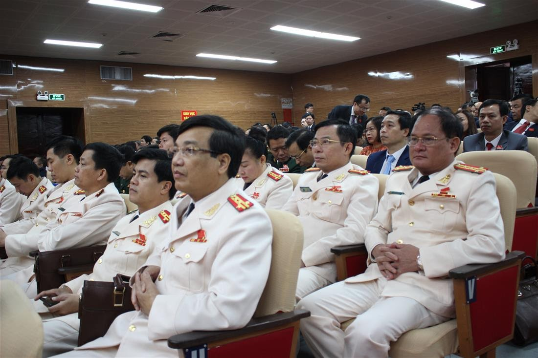 Đoàn đại biểu Đảng bộ Công an Nghệ An tham dự Đại hội
