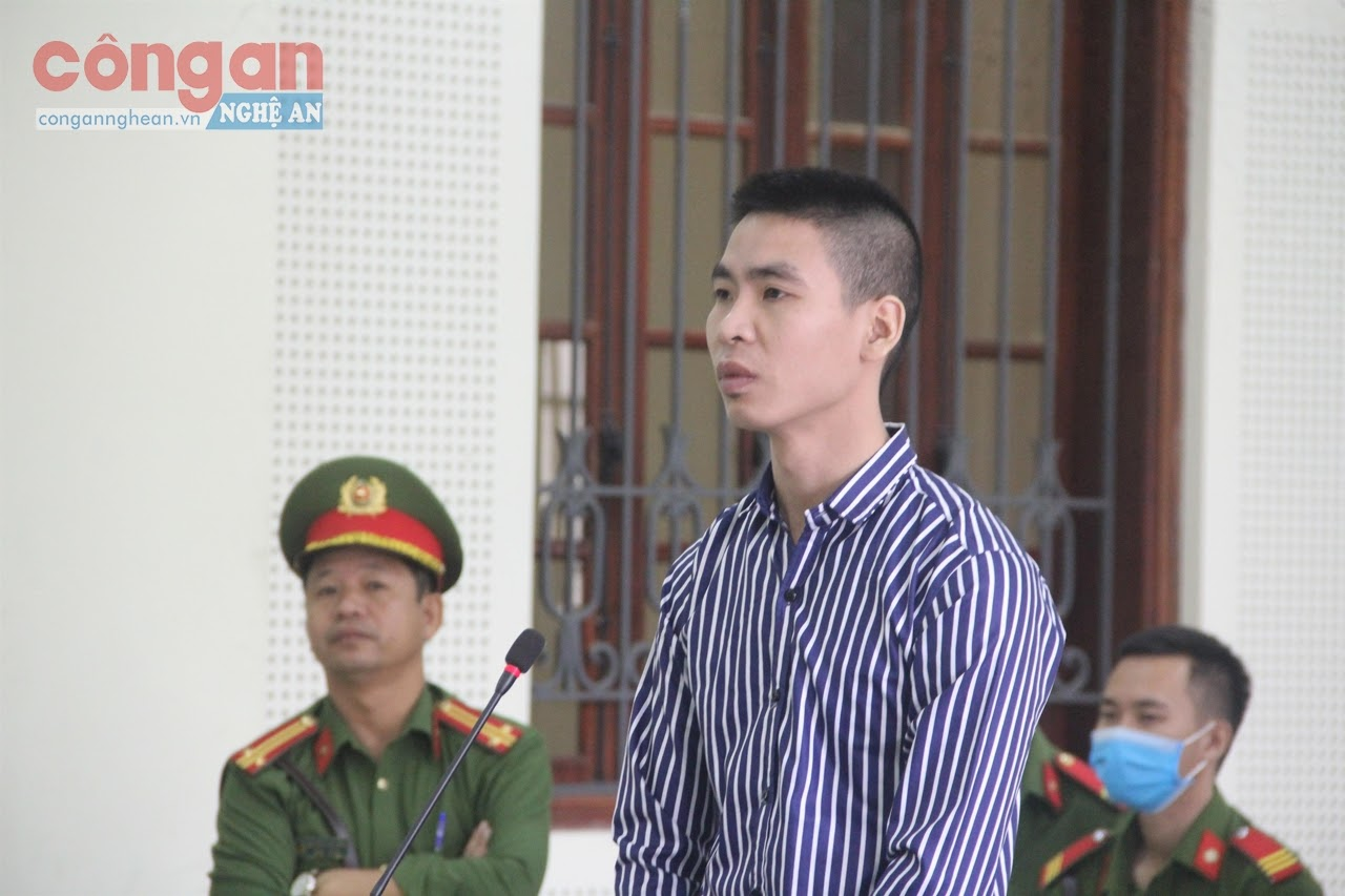 Bị cáo Nguyễn Văn Phi lĩnh 16 năm tù về tội lừa đảo chiếm đoạt tài sản