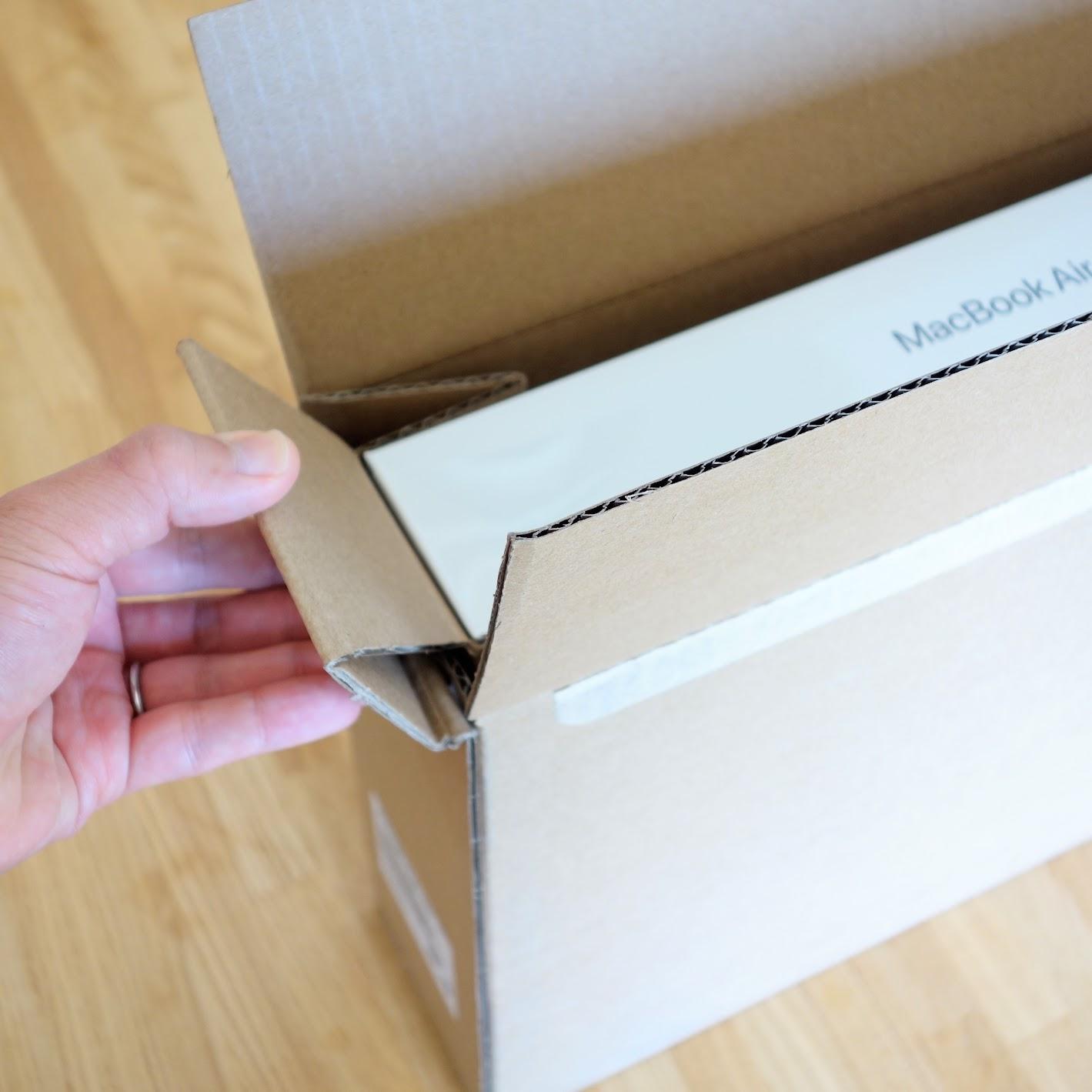 MacBook Air外箱の工夫