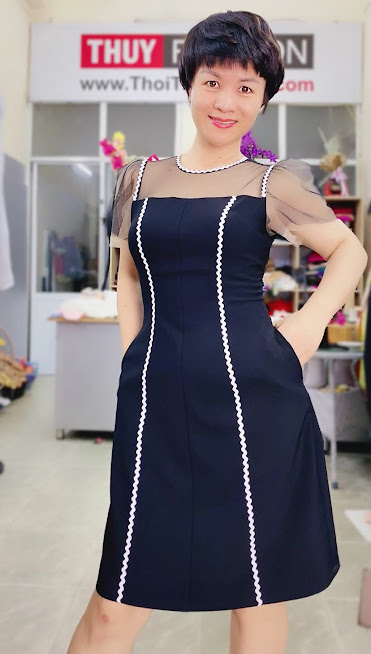 Làm eo thon và che bụng với váy xòe chữ A thời trang thủy hải phòng