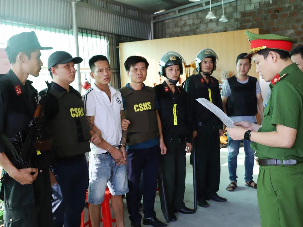 Cơ quan CSĐT đọc lệnh bắt giam Trần Đại Nghĩa