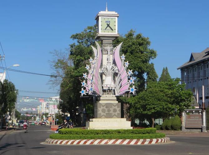 Bài số 9 . Từ Kon Tum đi Ngả 3 Đông Dương , Ba biên giới Việt Nam - Kampuchia - Lào