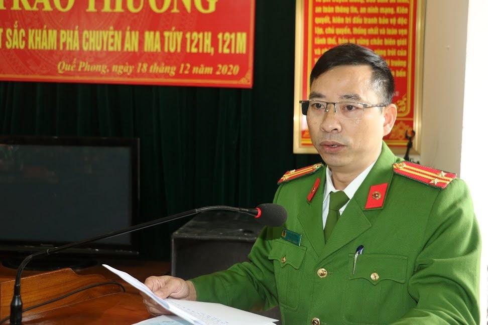 Trung tá Chu Văn Hương, Phó trưởng Công an huyện Quế Phong tóm tắt kết quả 02 chuyên án ma túy