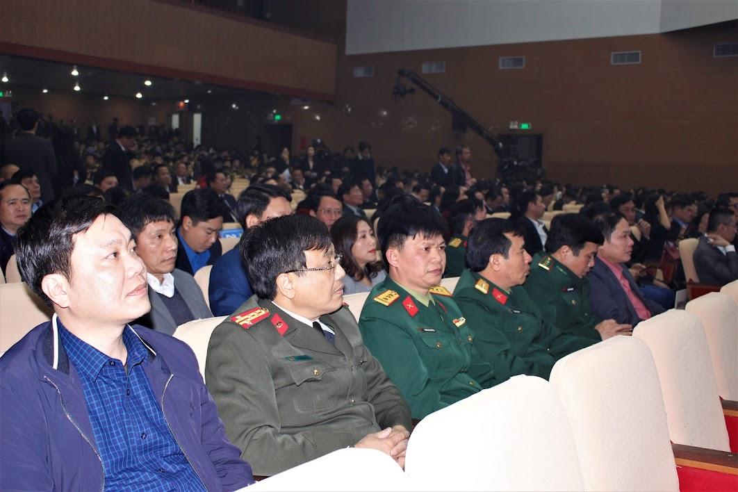 Đại diện các ban, ngành, đoàn thể, lực lượng vũ trang tham gia chương trình