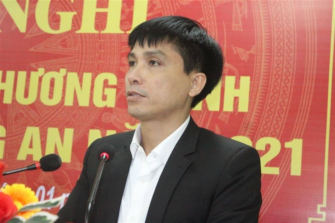 Đồng chí Hoàng Quyền, Phó Bí thư Huyện ủy, Chủ tịch UBND huyện Anh Sơn phát biểu
