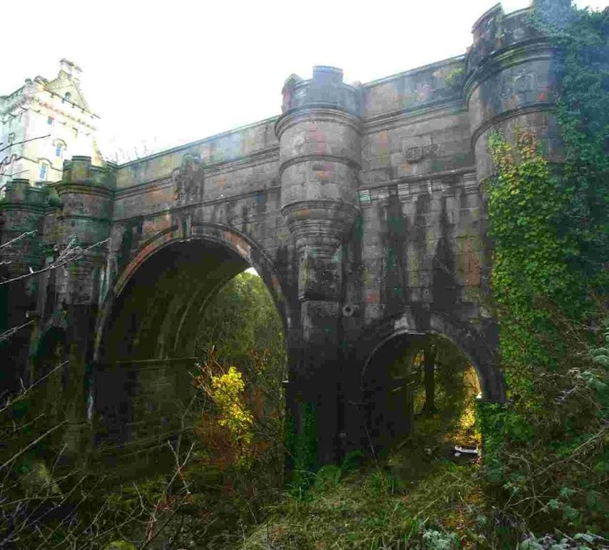 Ponte Overtoun, a ponte dos suicídios de cães