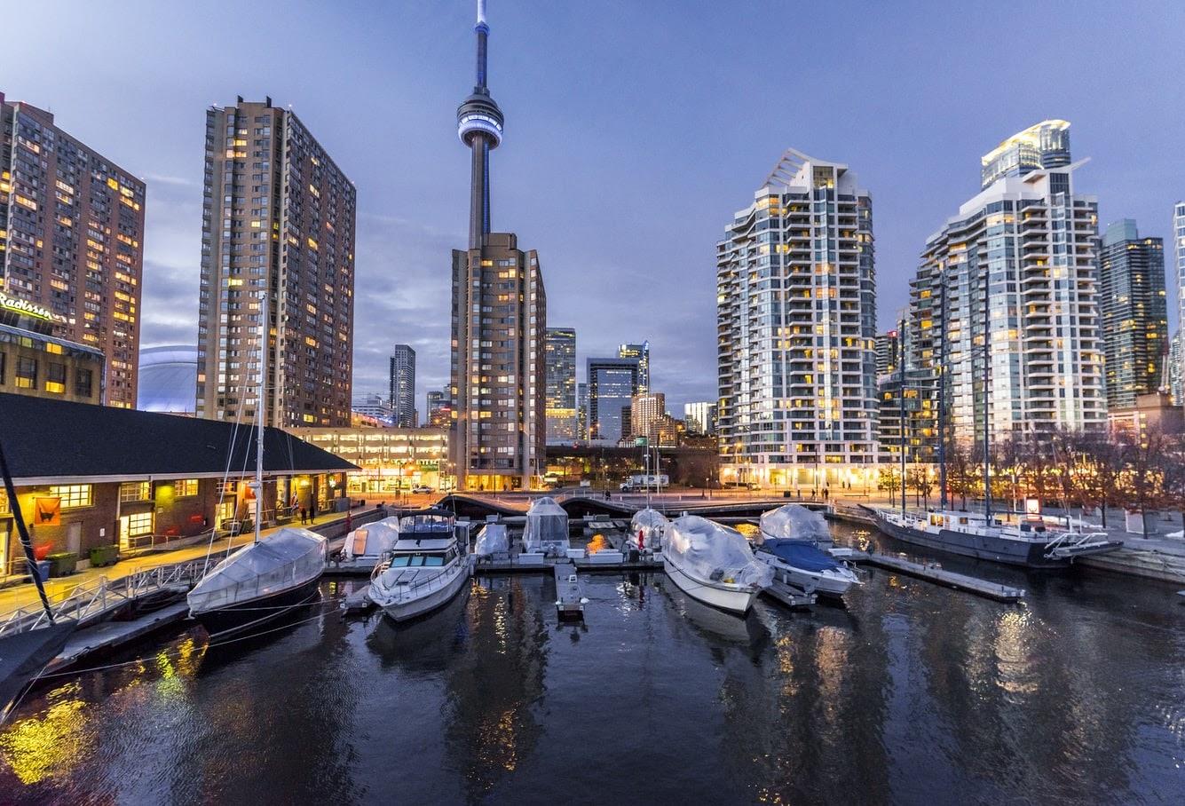 Đầu-tư-định-cư-ở-Canada-có-tốt-không