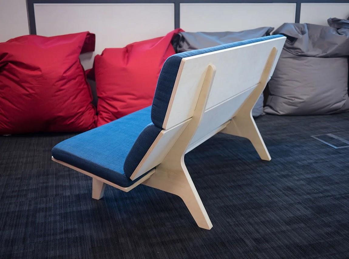Замечательный пример мебели из фанеры