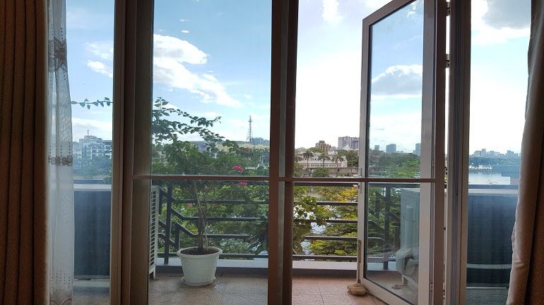 Lake – view two bedroom apartment with balcony in Truc Bach, Ba Dinh district for rent