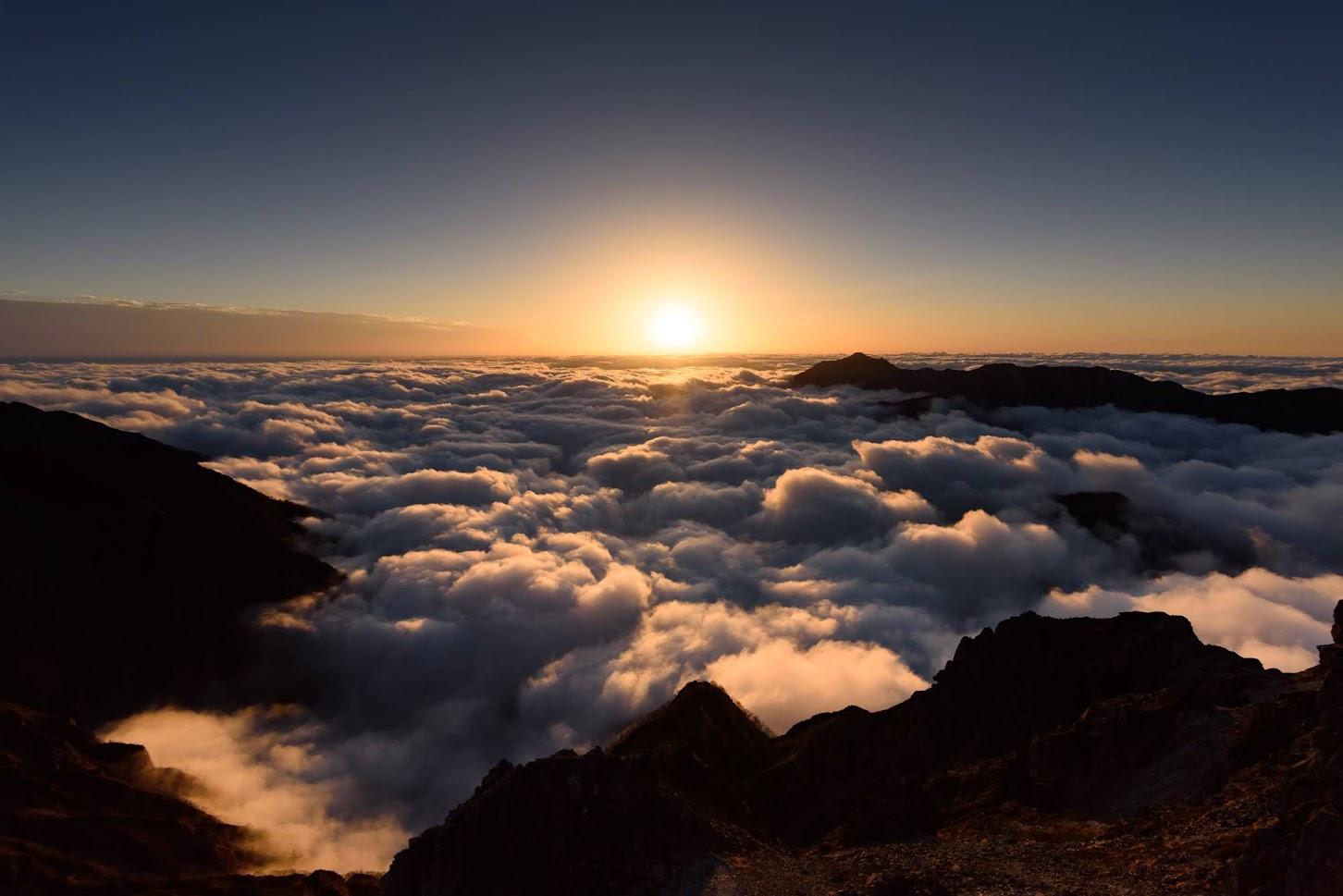 【北アルプス】表銀座 縦走(その3)~南岳から望む穂高岳の絶景を独り占め~