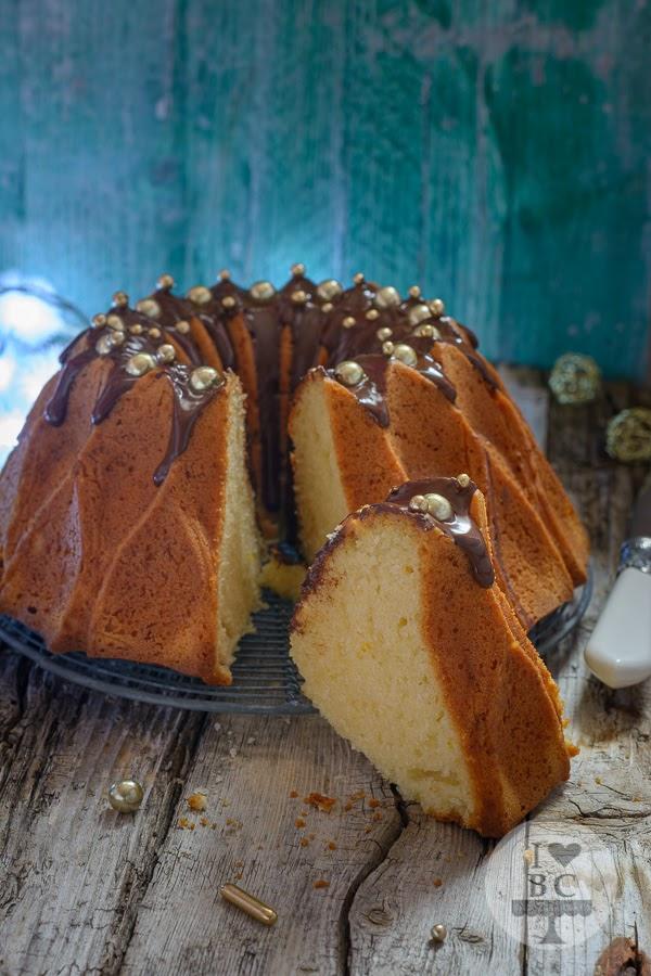 Bundt Cake de naranja y agua de azahar