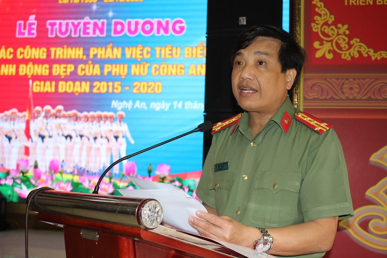 Đồng chí Đại tá Hồ Văn Tứ – Phó Giám đốc Công an tỉnh                                          phát biểu chỉ đạo tại buổi lễ