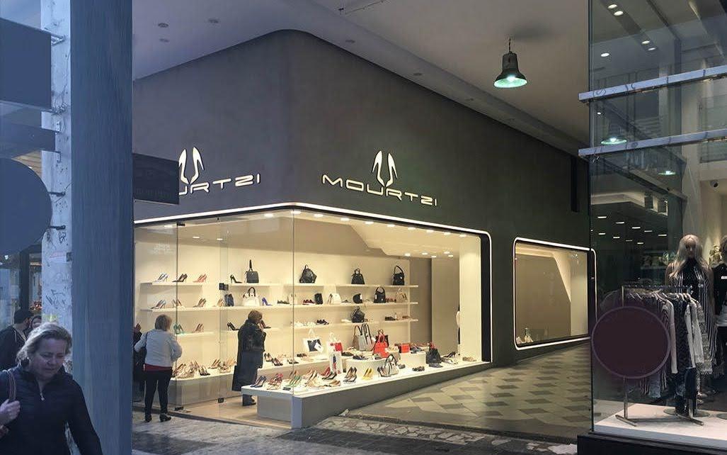 thiết kế shop giày dép và túi xách