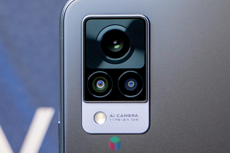 Bộ ba Camera sau chất lượng