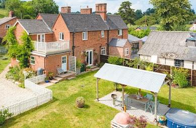 Impressive Garthmyl home