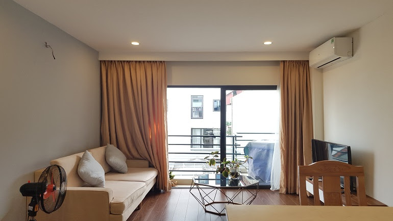 Bright 1 – bedroom apartment with balcony in Tu Hoa street, Tay Ho district for rent