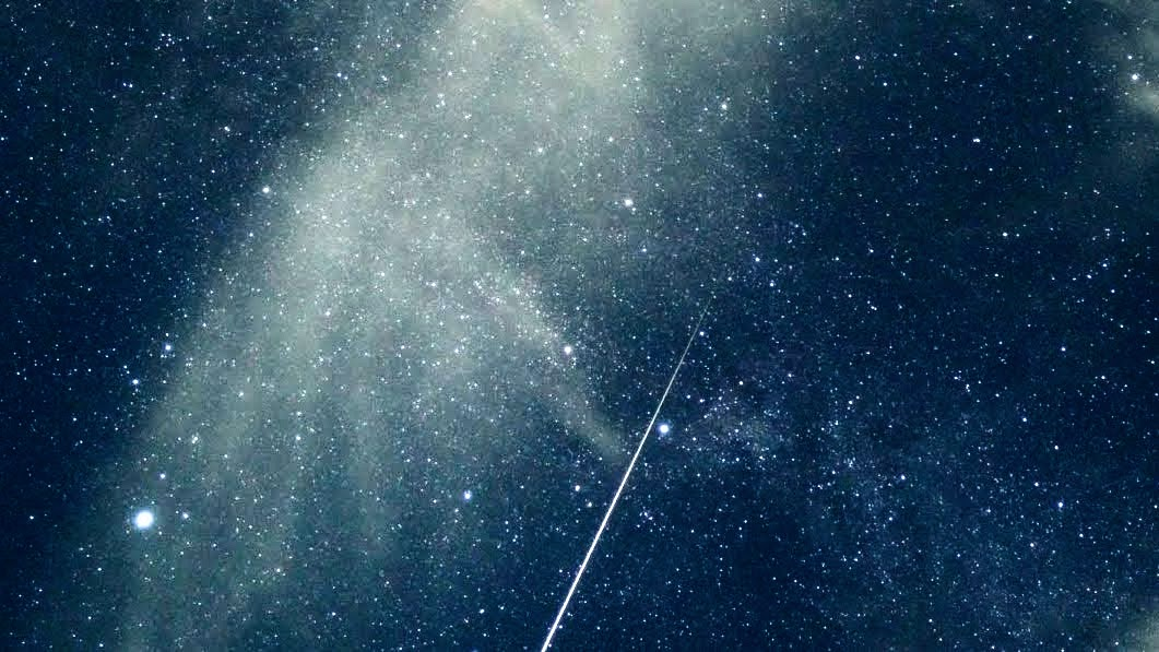 「ペルセウス座流星群」:タイムラプス動画