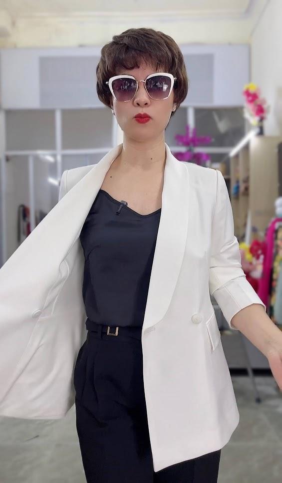 áo vest nữ cổ sam dáng dài suông eo mặc đẹp thời trang thủy hải phòng 2
