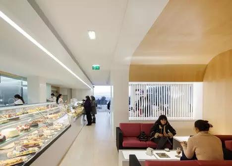 thiết kế nội thất cửa hàng bánh