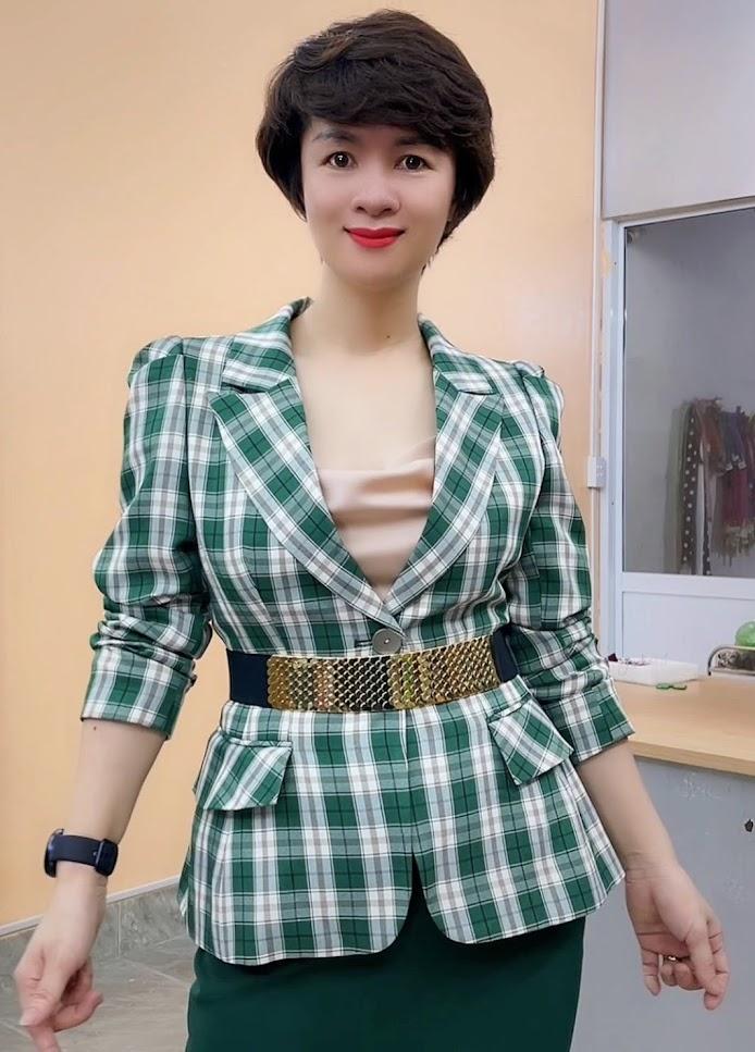 áo vest nữ công sở phồng hông dáng ngắn thời trang thủy đà nẵng