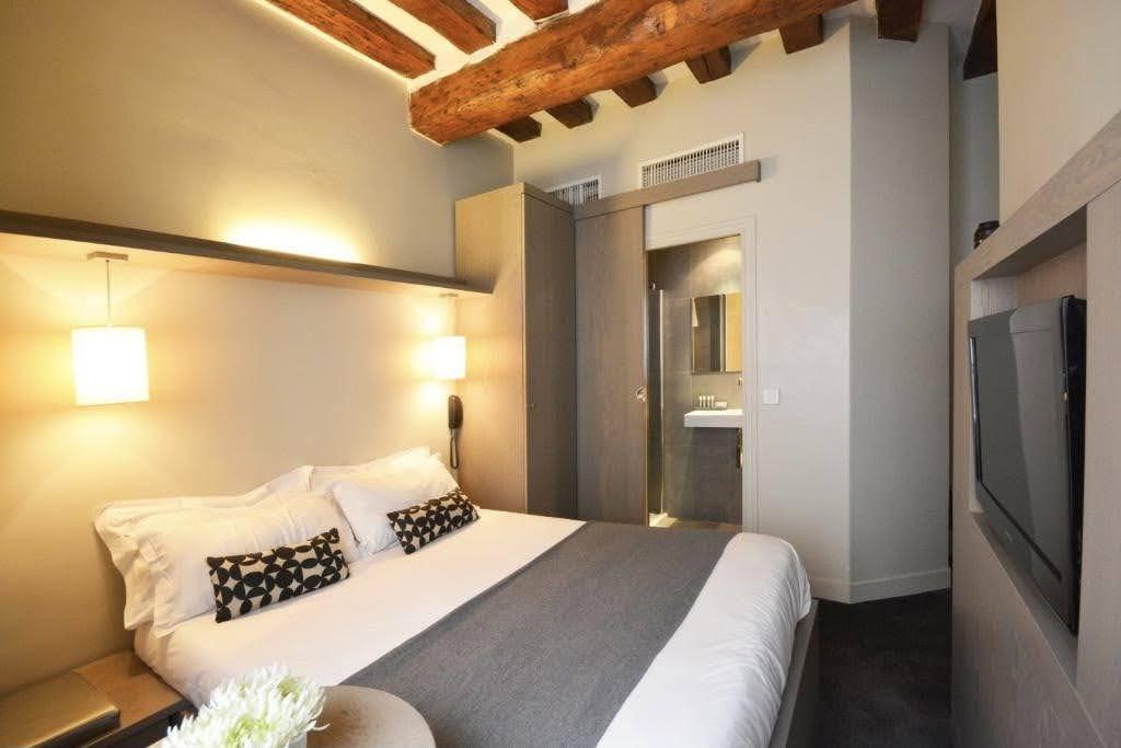 budget-hotel-Parijs