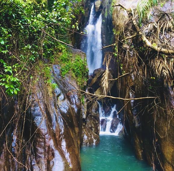 Katugas Ella Waterfall In Ratnapura