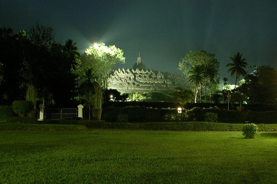2007111612 - Borobudur