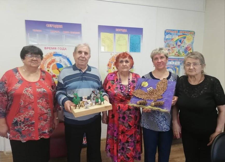 Серебряные волонтеры «КЦСОН жилого района Кедровка г. Кемерово»