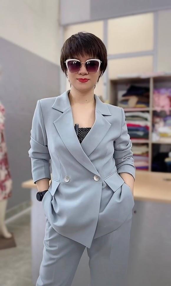 áo vest nữ dáng dài phối đồ quần baggy công sở thời trang thủy hà nội