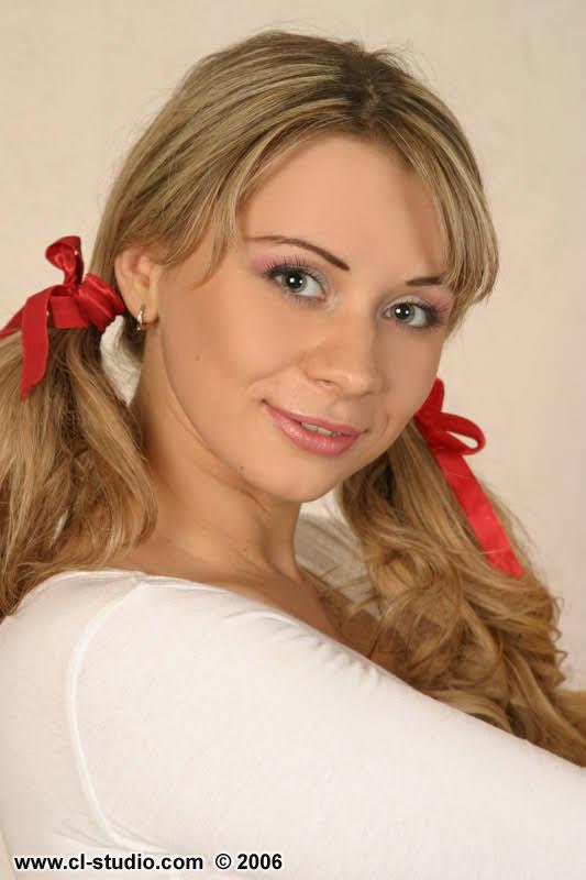 blonde milf porn