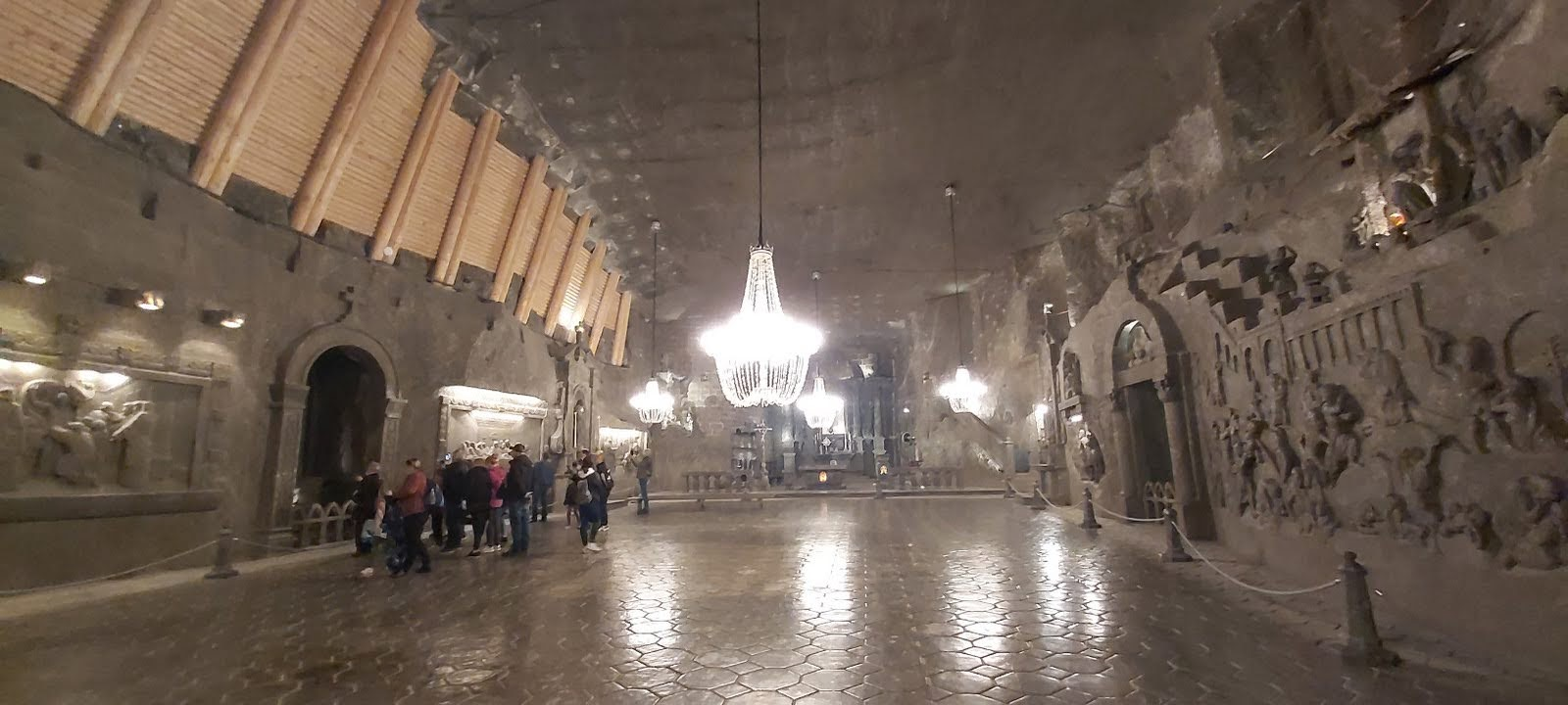 Wnętrze kopalni soli